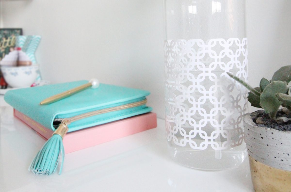 Easy DIY Geometric Water Bottle with the Cricut Explore Air and Design Space