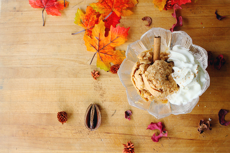 Pumpkin Pie Ice Cream | via Teacups & Things - Lactose free, gluten-free and vegan versions included